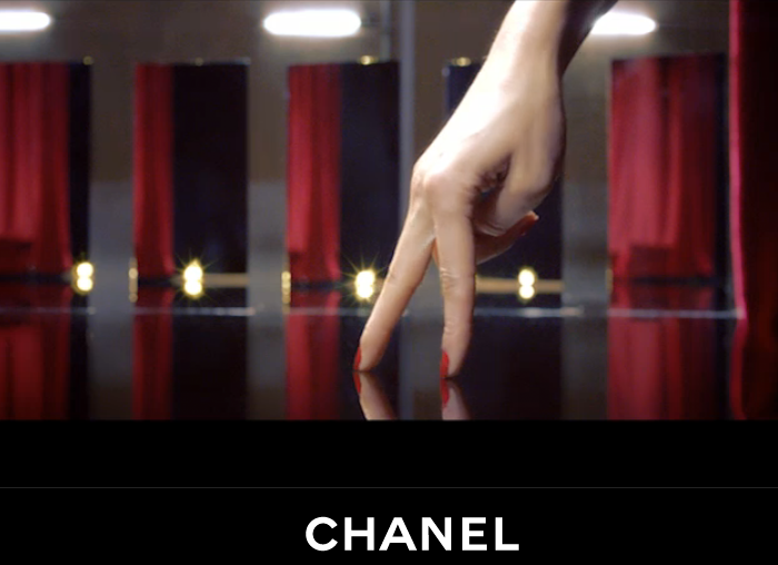 Chanel-nails
