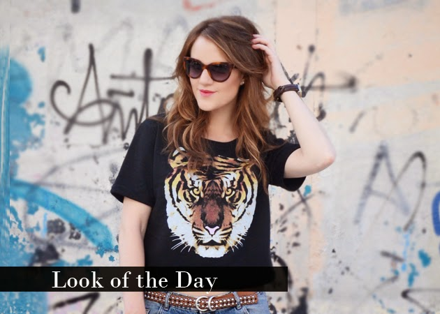 Look of the Day: Tiger Top & Boyfriend Jeans