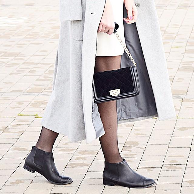 Nuevo post onlie!! Feliz lunes!!? New post online ?!! Happy Monday!!?? http://www.theprincessinblack.com #fashionblog #lookoftheday #lookbook #outfit #itgirl #toppic #instagrampic #bestpic #streetstyle #beauty #happy #followme #havefun #instagramlikes #blogger #blog #blogmoda #glamour