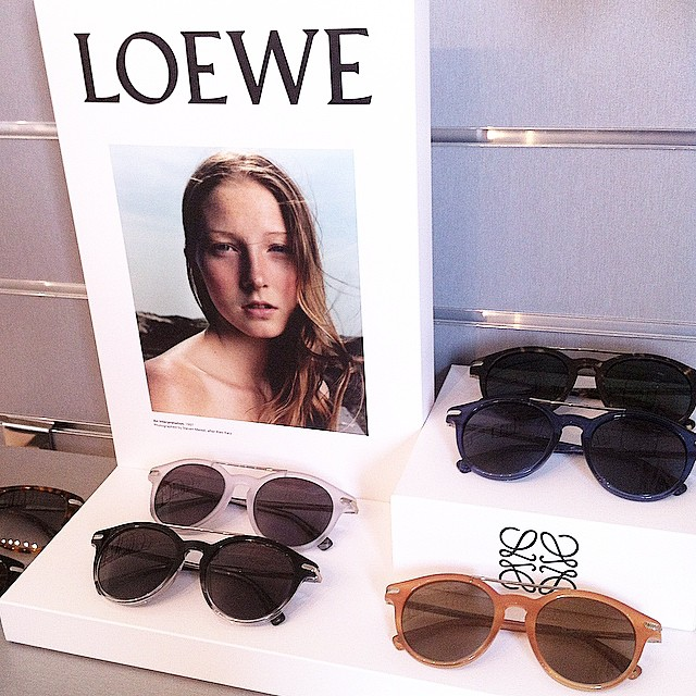 Enamorada de la nueva propuesta de @Loewe ❤️!! ??? #SS15 @piazzacom True love!! New Summer Collection ?!!?? http://www.theprincessinblack.com #fashionblog #lookoftheday #lookbook #outfit #itgirl #toppic #instagrampic #bestpic #streetstyle #beauty #happy #followme #havefun #instagramlikes #blogger #blog #blogmoda #glamour