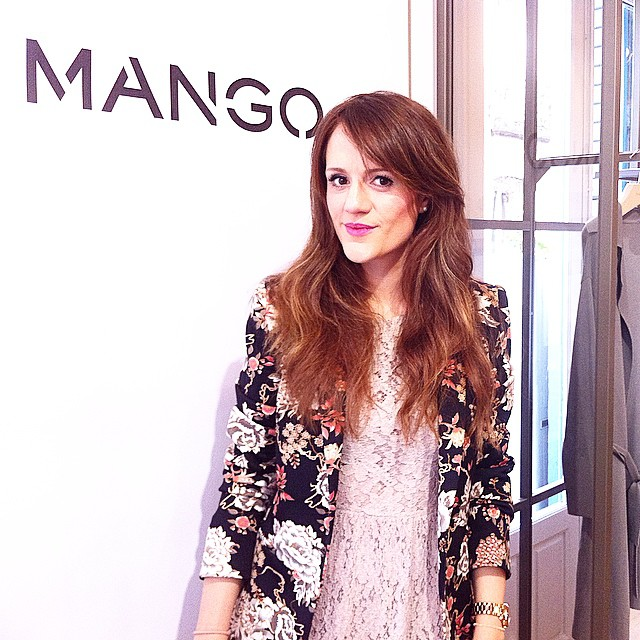 Feliz jueves desde el #MagoShowroom de @Mango!! Happy Thursday !! From #Mango #Showroom #SS15 !!?? http://www.theprincessinblack.com #fashionblog #lookoftheday #lookbook #outfit #itgirl #toppic #instagrampic #bestpic #streetstyle #beauty #happy #followme #havefun #instagramlikes #blogger #blog #blogmoda #glamour