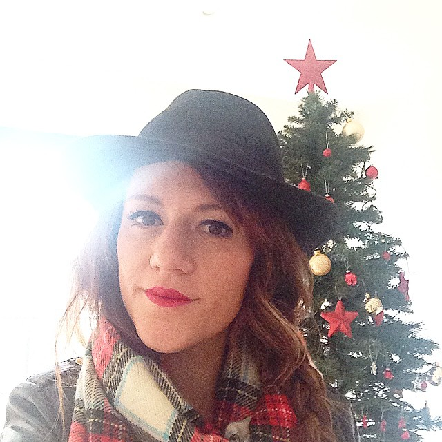 Buenos días!Navidad desde #Londres !! ?Feliz lunes!!?? Good morning!! #Christmas time in #London !!?? Happy Monday!!?? www.theprincessinblack.com #fashionblog #lookoftheday #lookbook #outfit #itgirl #toppic #instagrampic #bestpic #streetstyle #beauty #happy #followme #havefun #instagramlikes #blogger #blog #blogmoda #glamour #fashion